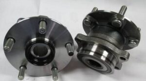 car,wheel,bearing,vehicle,plane,spin,rotation,robust,race,beads,metal,hub,knuckle,driveshaft,drive,grinding,noise